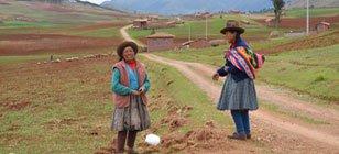 Indigenious woman at Valle Sagrado