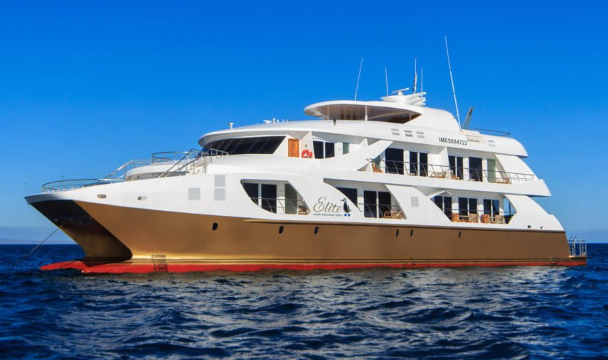 Galapagos Large Cruise Ships